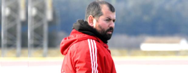 futbolcarrasco raul colorado entrenador