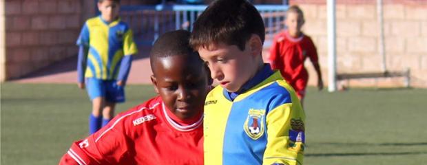 futbolcarrasco4benjaminalaga1juanitaluque