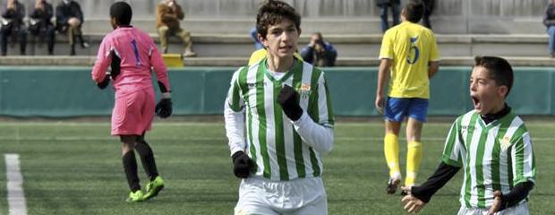 futbolcarrasco2infantilsevilla1betiswebPeluso