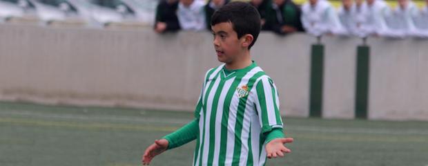 futbolcarrasco3alevinsevilla1betiswebPeluso