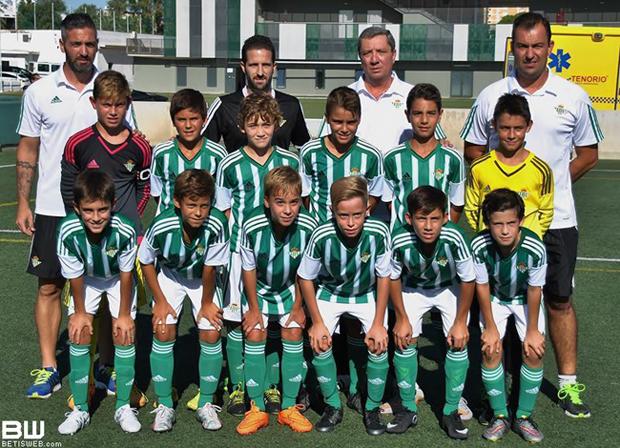 futbolcarrasco2AlevinSevilladeMarianoCorrederadeBetisweb4